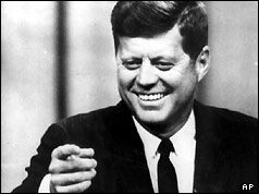 Today in 1962, the Cuban missile crisis ended #givepeaceachance