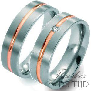 Bi-color titanium/rood gouden trouwringen 8mm breed met één briljant-Juwelier de Tijd | Persoonlijk advies over trouwringen, sieraden en taxaties