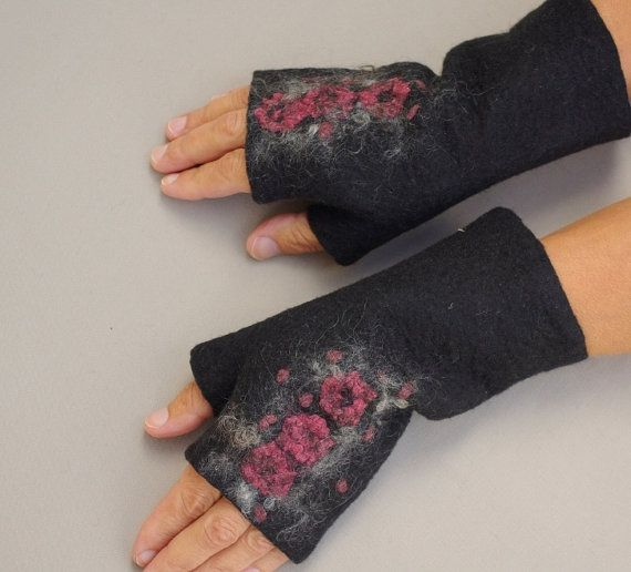 Felted Fingerless Gloves Fingerless Mittens Arm warmers Wristlets Merino Wool Black