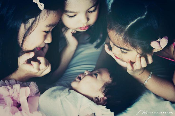 Pretty Girls by Sunny Merindo