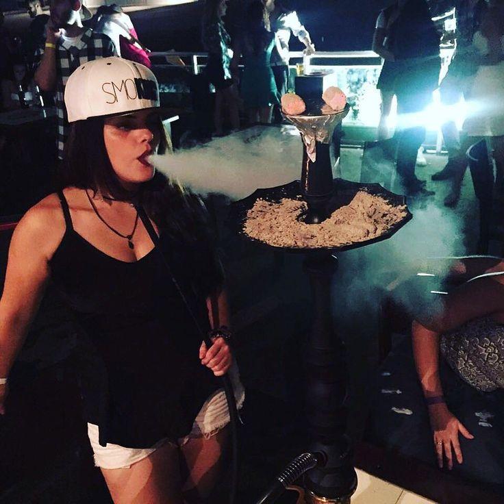 #HookahGirl #NarguileRosa 🌬    #gurusinsta #gurusqd #brazilianbloggers #like #me #model #instagirl #instabgs #instagurus #blogger #neon #vibes #goodvibes #Hookah #HookahGirl #NarguileRosa #LoveHookah