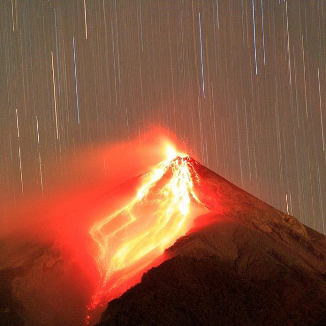 My first erupting volcano... The Power and speed of mother nature is unfathomable. #erupting #volcano #stars