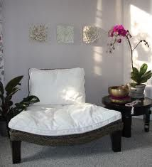 A dreamy and plausible meditation spot (if we evict a child or husband or some other such space-taking up soul). =-)