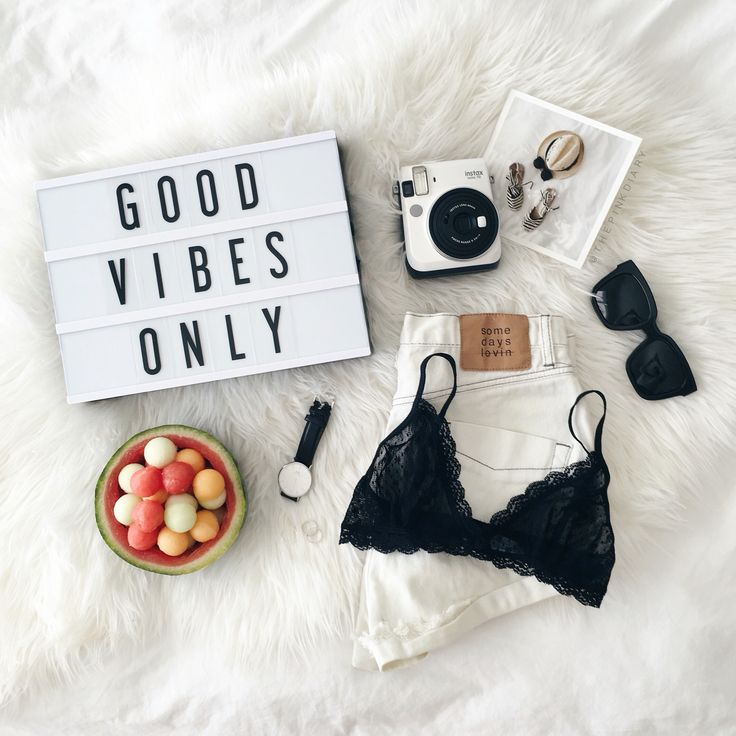 Adorable flat lay inspiration. Flat lay instagram inspiration