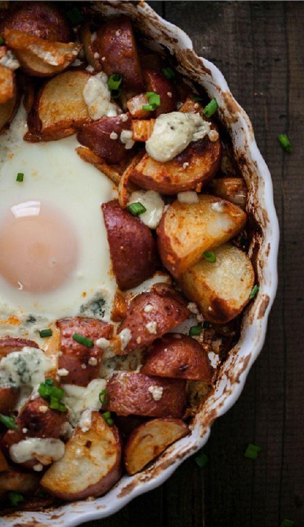 {Baked egg and potato breakfast.}