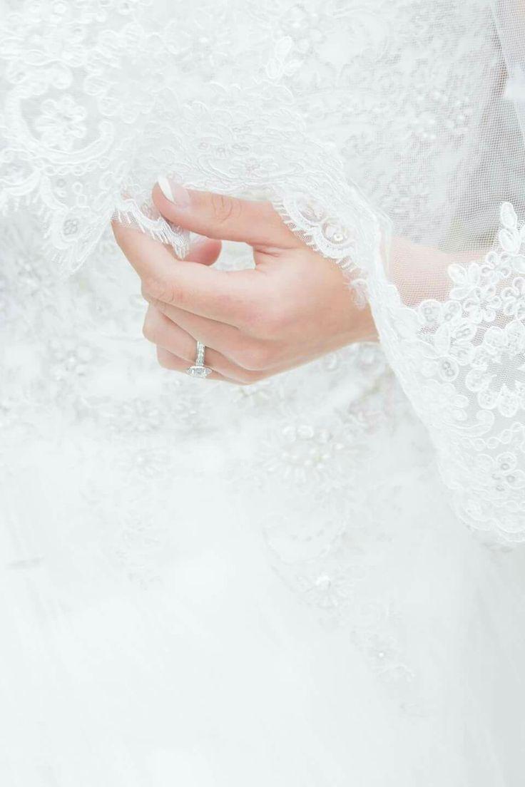 #wedding #weddingideas #saweddings #trouidees #weddingphotos #weddinginspiration #weddingshoes #capetownwedding #weddinginspiration #weddingtrends #weddinginvite #diywedding #savethedate #weddingring #weddingveil