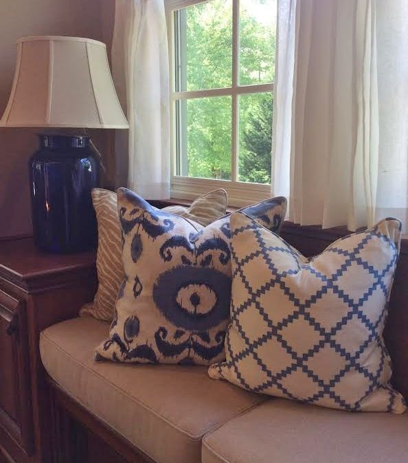 Laura Ramsey Furniture and Interiors | Pillows, Drapes, and accessories by Laura Ramsey. #lauraramseyinteriors #pillows #masonjarlamp #drapes #lamp #blue #interior #design #home #decor