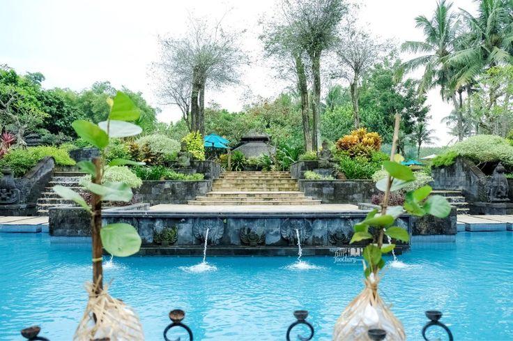 Beautiful and huge swimming pool at Hyatt Regency Yogya