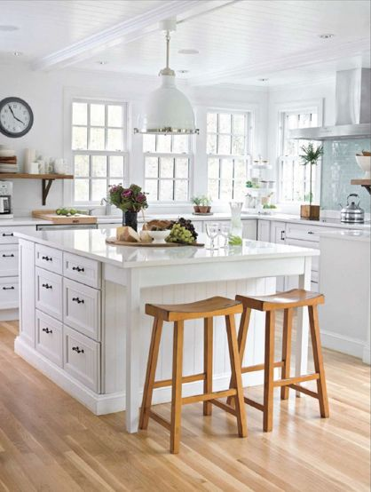 L Shaped Country Kitchen Layout With Large Island Via Decorpad Love The
