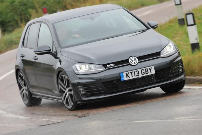 Volkswagen Golf GTD action