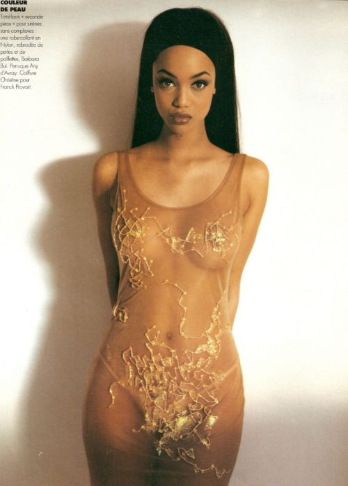 brokebutfancy: Tyra by Gilles Bensimon