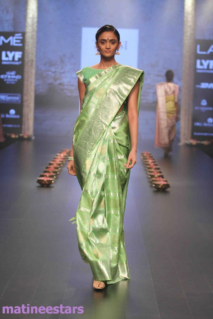 Models Walks For Santosh Parekh At Lakme Fashion Week Winter Festive 2016 - Hot Models Photo Gallery - High Resolution Pictures 26