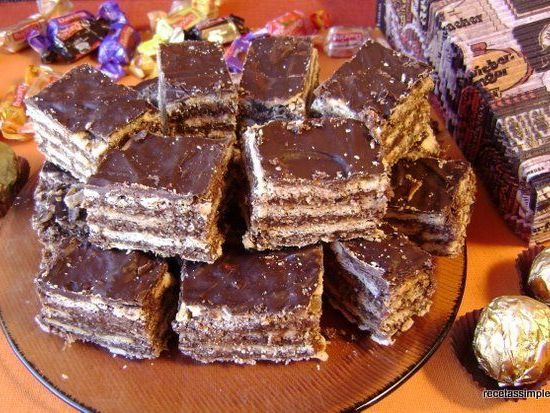 Hola en este post mostraré como realizar el Delicioso turrón de Quaker. :F :F :F. 1 .Ingredientes:. . paquetes de criollitas comunes. . 1taza de avena de quaker. . 150g de manteca. . 1 taza de azúcar. . 400ml. de leche. . 4 cucharadas soperas de...