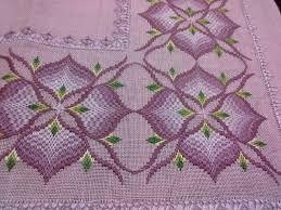 rose au bargello avec bordure ouvrage ile ilgili görsel sonucu