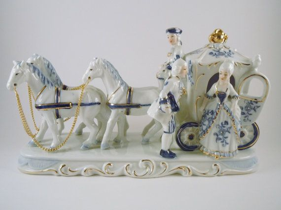 Rare Vintage Porcelain Blue And White Horse And Carriage