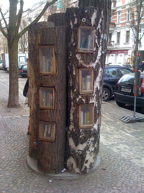 Berlin Bookshelf: a public bookshelf in the middle of the sidewalk in Berlin