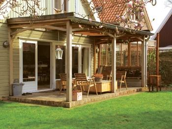 ROMANTIC PORCH by BLOK. oakwood porch with arches for a truly romantic garden #porch #romantic #oakwood #arches #garden ------------- ROMANTISCHE VERANDA van BLOK, eikenhouten veranda met bogen voor een echt romantische tuin #design #veranda #hout #bogen #romantisch