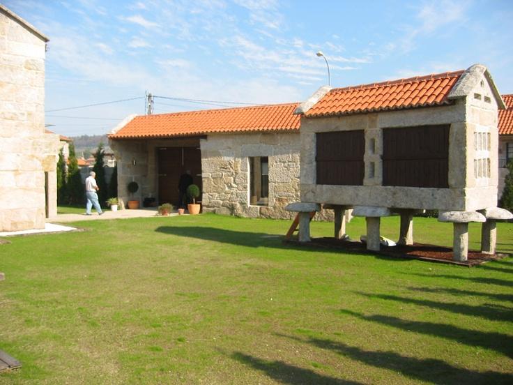Reforma y ampliación de vivienda en Amoedo: para saber más sobre este proyecto accede a http://www.galarq.com/reforma-y-ampliacion-de-vivienda-en-amoedo/