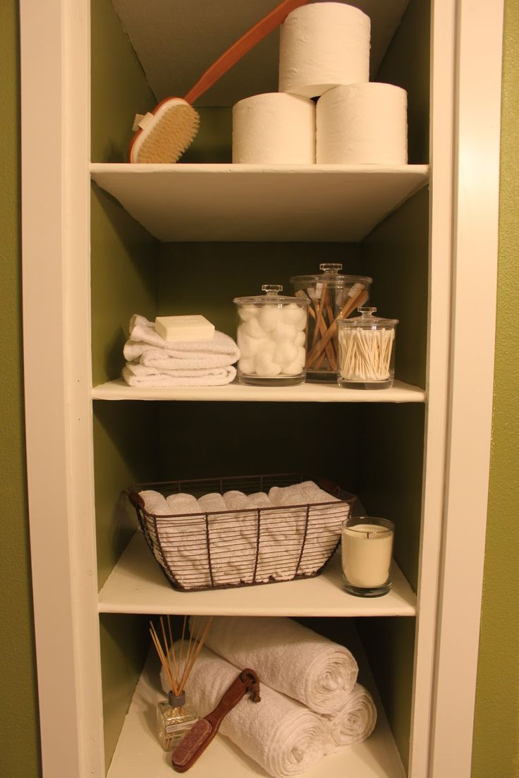 Best 25 bathroom built ins ideas on pinterest subway for Bathroom built in shelving ideas
