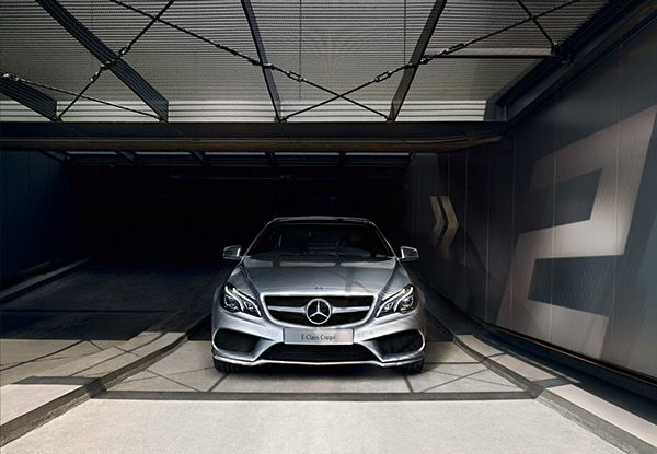 Mercedes benz passenger car calendar 2015 on behance for Mercedes benz calendar