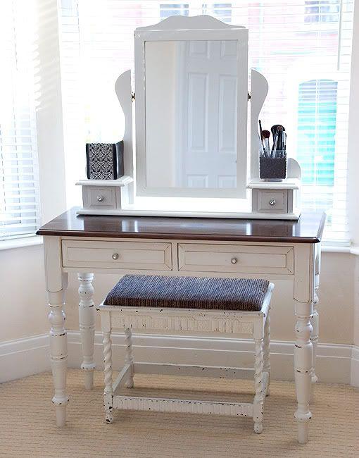 Feminine DIY Dressing Tables And Vanities 4 DIY Dressing table ideas