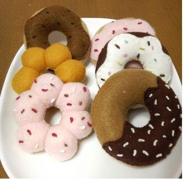 フェルトのドーナツの作り方|フェルト|編み物・手芸・ソーイング|ハンドメイドカテゴリ|アトリエ