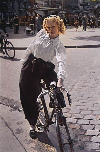 Paris in the 1940s, photo by Andre Zucca for German propaganda magazine Signal.