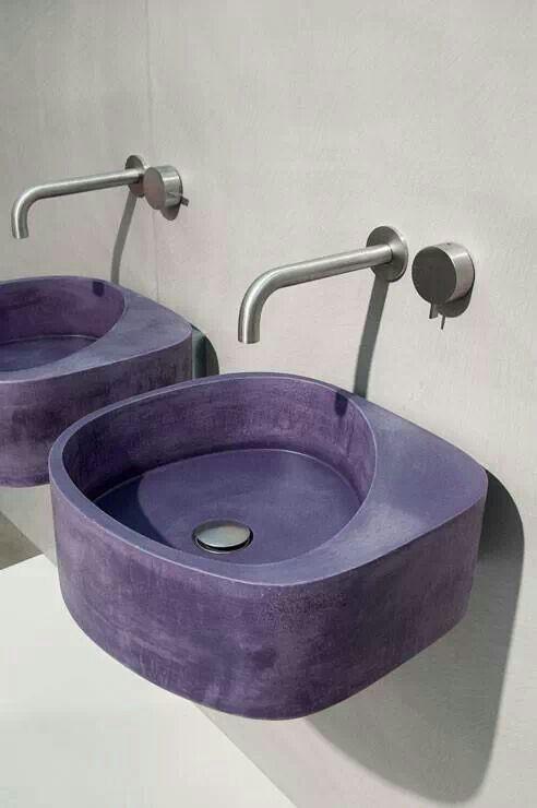 Gekleurd beton sink