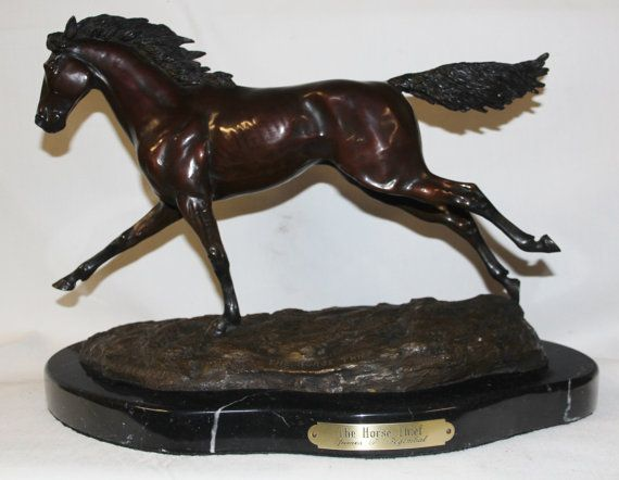 Horse Sculpture : Outstanding James Regimbal Rare Limited