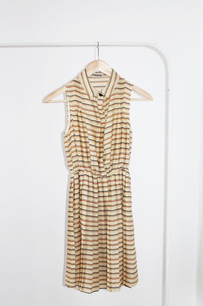 dress, size 34, 40 lei