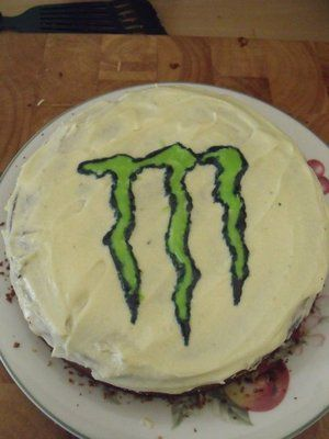 Monster Energy Drink Cake - found the cake I'm making for my brother's birthday :-D