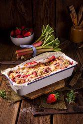 Cake Fraises Rhubarbe un délicieux cake de printemps gourmand et acidulé