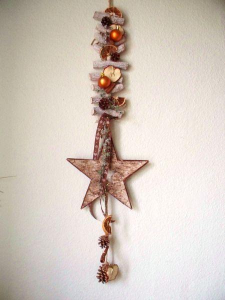 Türschmuck/Fensterschmuck als Girlande mit Stern von ...die mit den Blumen tanzt... auf DaWanda.com