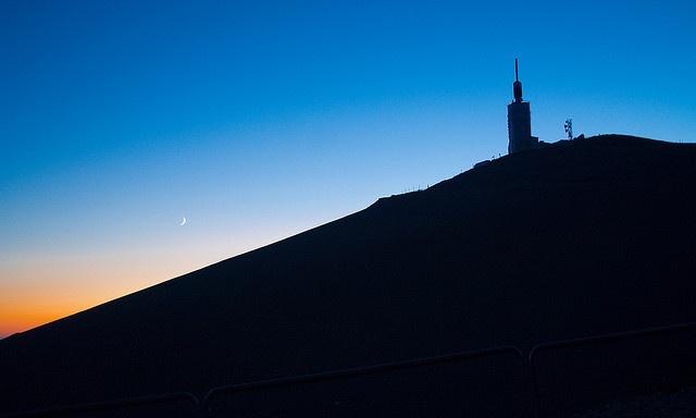 [MONT VENTOUX - LUBERON]    Petit déjeuner  au lever du soleil Mont Ventoux/