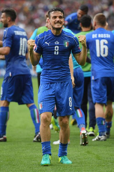 Alessandro Florenzi of Italy celebrates his team's second goal during the UEFA EURO 2016 round of 16 match between Italy and Spain at Stade de France on June 27, 2016 in Paris, France.