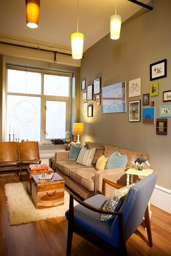 rooms: Wall Art, Color Palettes, Living Rooms, Wall Color, Photo Wall, Galleries Wall, Blue Chairs, Small Spaces, Frames Arrangements