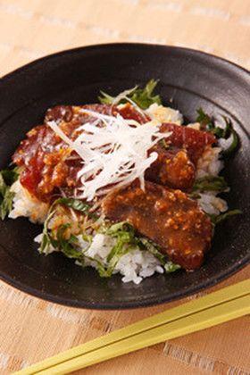 マグロの漬け丼はタレが決め手!ナンプラーや味噌ダレで変化を楽しむ ... マグロの漬け丼 ~味噌風味~