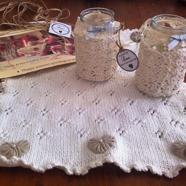 met my best blogfriend @cindycountryhome for a Cappuccino and Prosecco while she and her hubby were in Triest from holland. Got this stunning handmade present. ❤️ You so much Cindy! #friendship #crochet #handmade #knitting