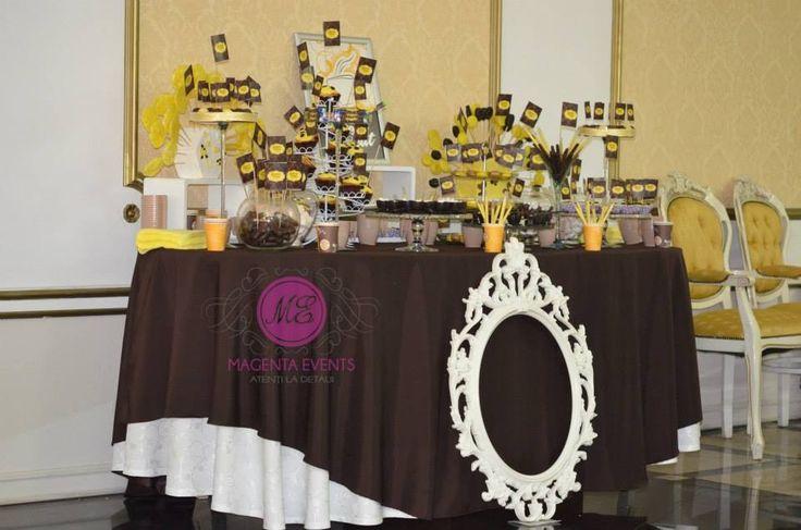 By www.magentaevents.ro #yellowandbrown #coffeetheme #candybar #nunta #iasi #macarons #cupcakes #marshmallows #magentaevents #cafea