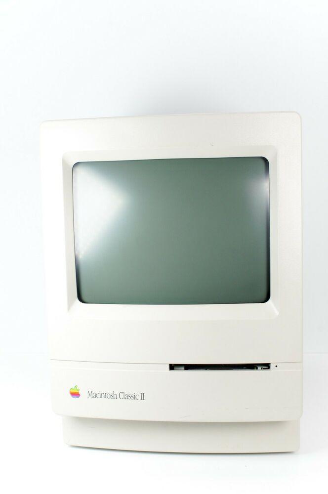 Vintage Apple Macintosh Mac Classic II Computer M4150