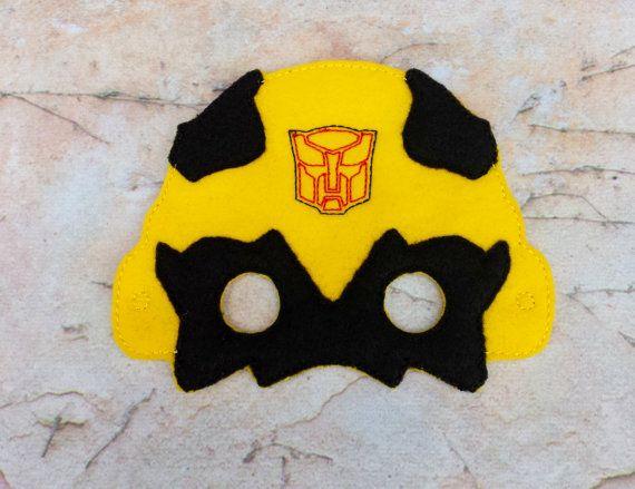 Transformadores abejorro de máscara. Máscara de bordado