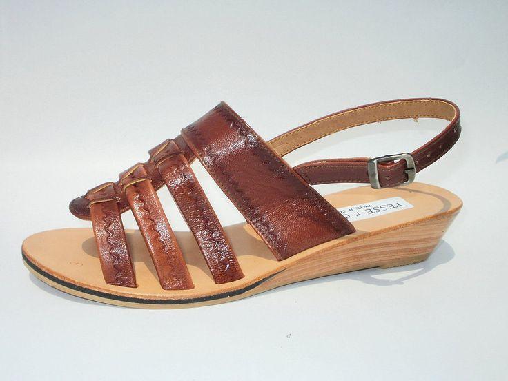 Sandalia de cuero de chivo repujada  model T44 #sandals #madeinperu #leather #stely #moda #peru #cuero #sandalia #shoes #summer