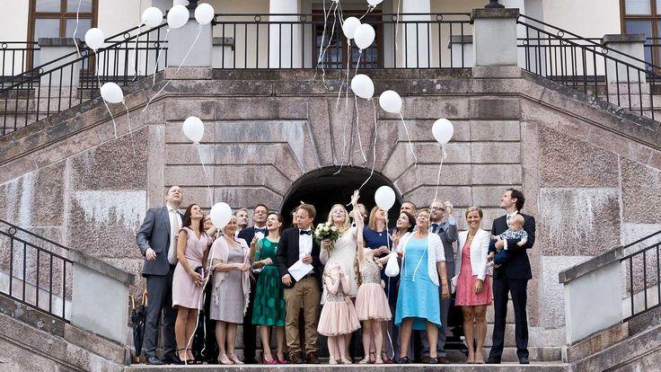 Wedding at Rosersbergs Castle!    Stockholm, balloons, balloon send off, wedding dream, slott, Sverige, Sweden