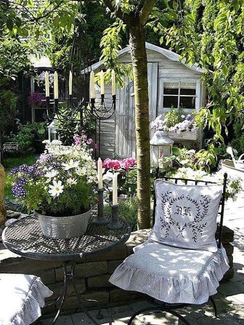 Shabby Chic Garden Decor | Shabby Chic Garden~ | Gardens, Plants, Outdoor  Decor