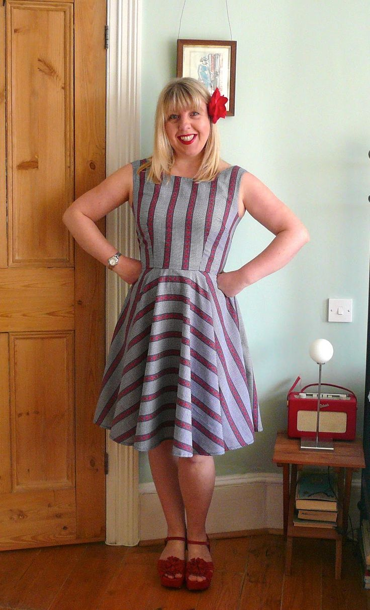 It s my pleasure to present to you the new pattern on the block from sew over it the betty dress i love the cover illustration