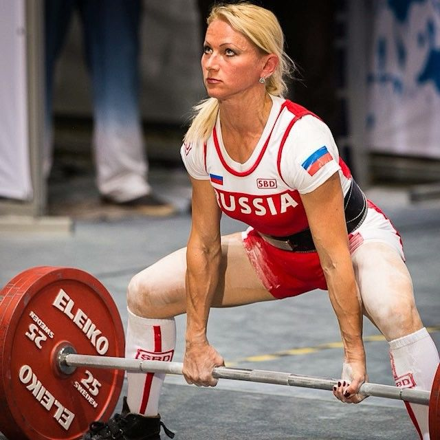 Flashback Friday: Inna Filimonova Smokes a 419 Pound World