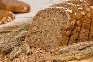 Sie haben Lust auf Brot, möchten aber gern auf viele Kohlenhydrate in der Ernährung verzichten? Dann probieren Sie doch einmal unser Rezept aus und nutzen Sie die cholesterin-regulierende Wirkung der Haferkleie für ihre Gesundheit!