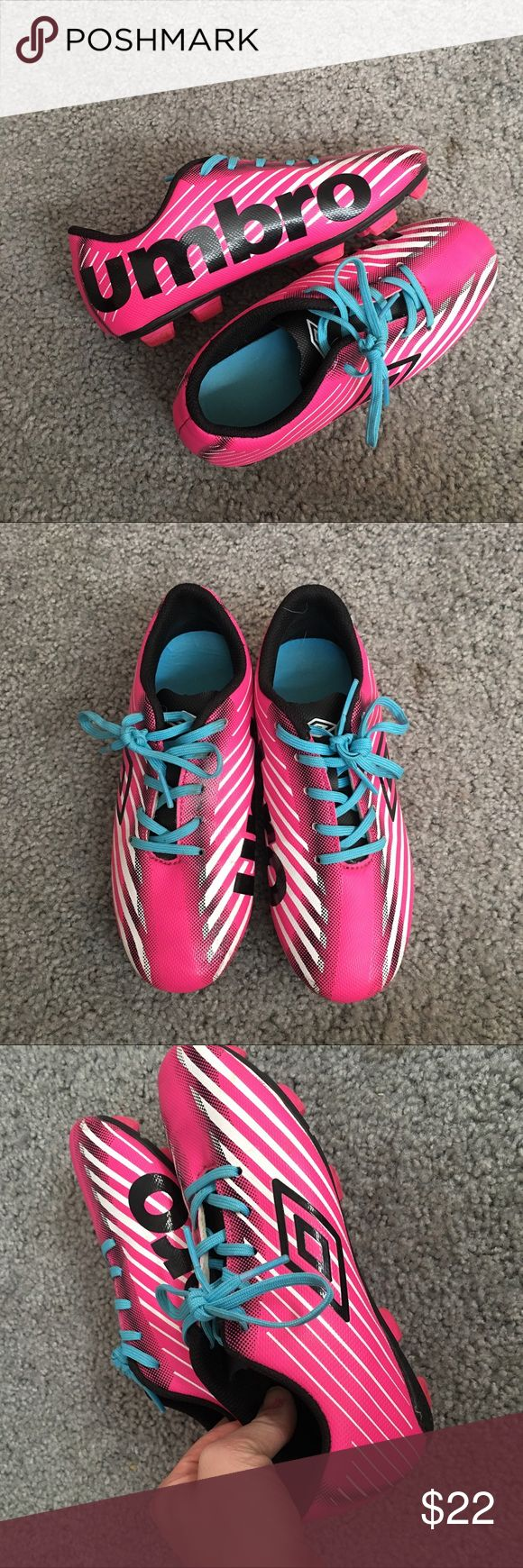 Umbro Arturo Girls Kids Soccer Shoes Umbro Arturo Girls Kids Soccer Shoes with cleats black and pink. Only worn once . No signs of wear excellent condition . Any questions please ask . Umbro Shoes Sneakers
