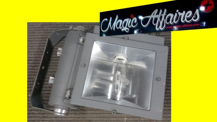 THORN GROS Projecteur 250W 20500 LUMEN SPOT LUMINAIRE EXTERIEUR - MAISON MOBILIER BRICOLAGE EQUIPEMENT/EXTERIEUR - magic-affaires-22