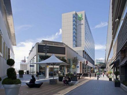 City Break Londra 8 Martie! Voucherul de 28 Lei iti asigura pretul redus de 249 Euro/persoana pentru 2 nopti de cazare in Londra + transport...